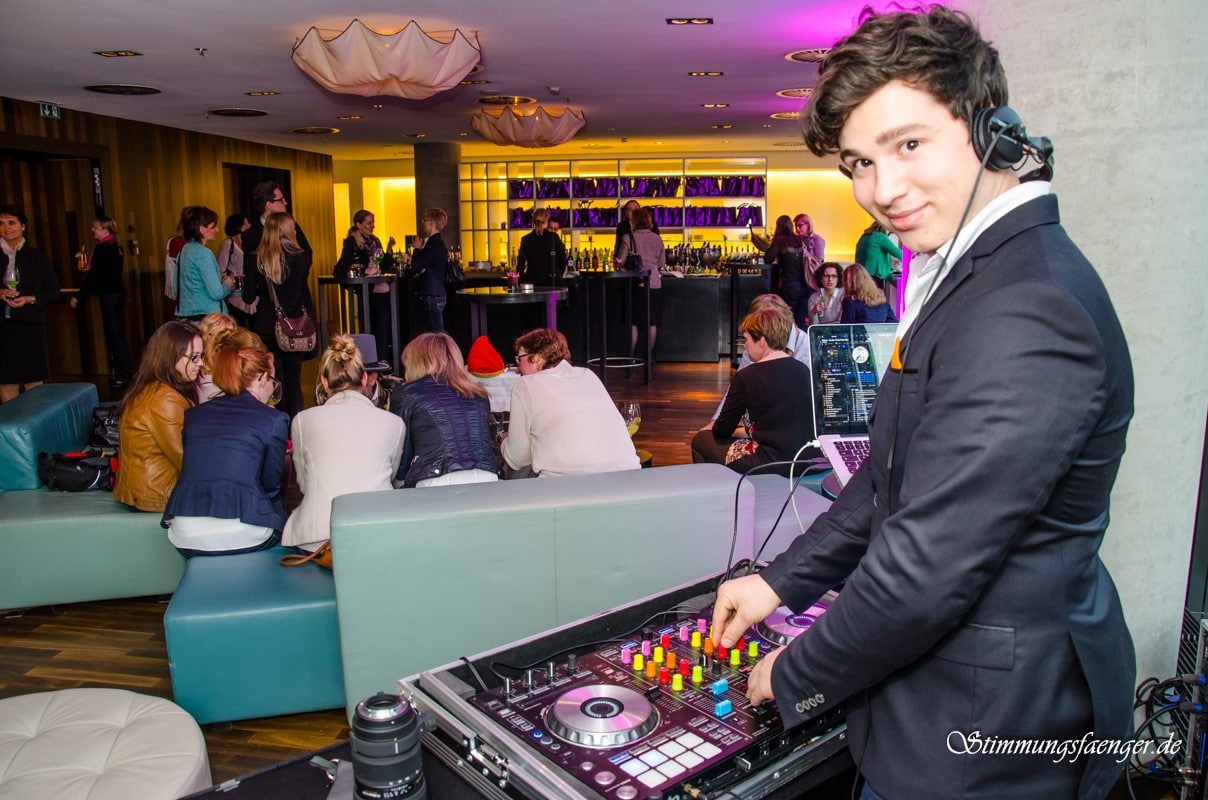 Hochzeits-DJ Forte aus Lübeck Live