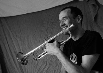 Instrumentalist für Hochzeiten Peer Baierlein mit Trompete