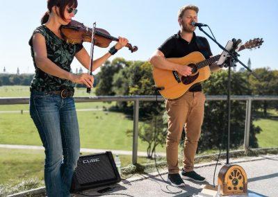 Hochzeitssänger München Jukebox Munich Band Gitarre und Geige