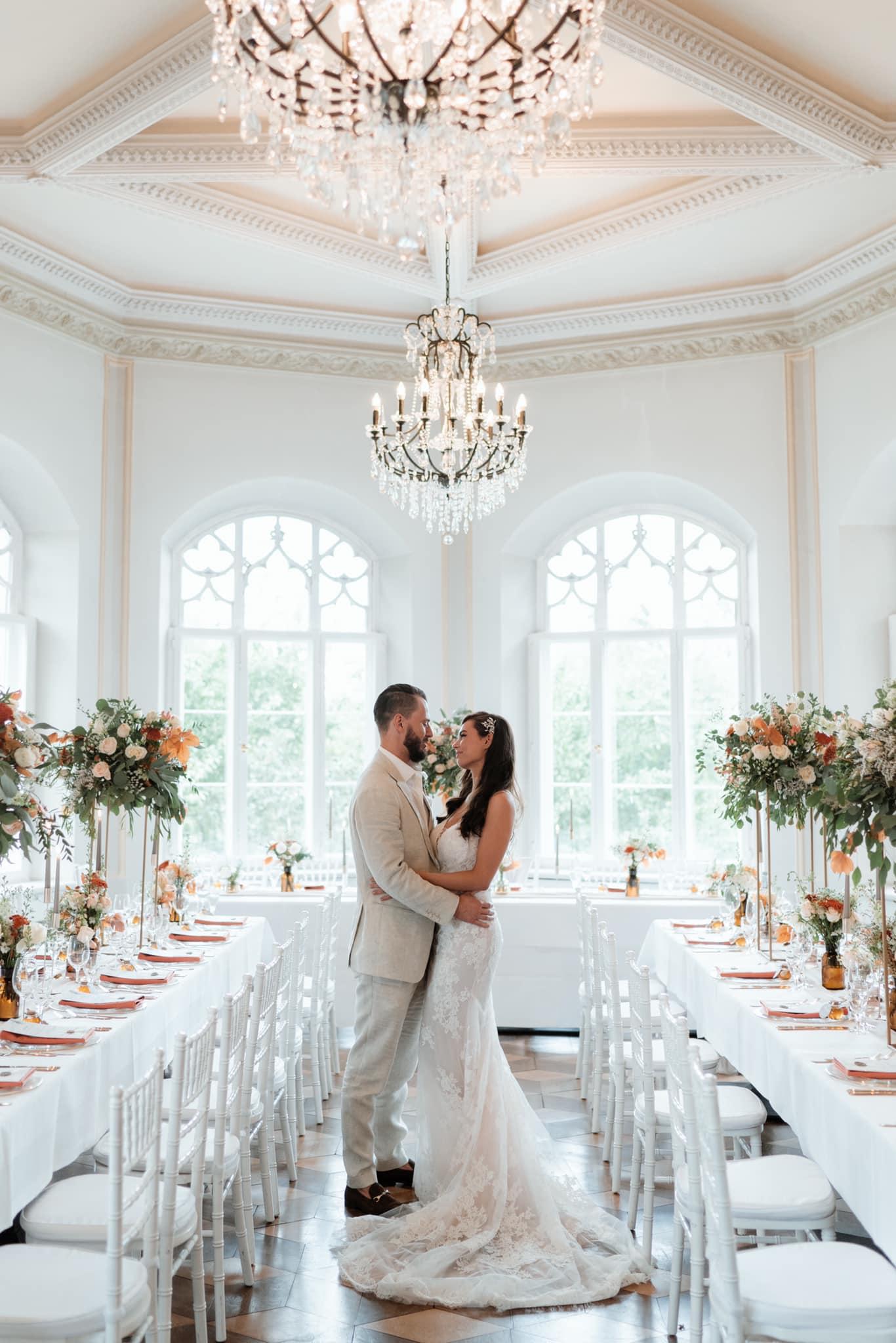 Wedding Award Germany 2021 - Brautpaar im Schloss Gamehl